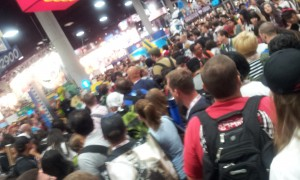 Lots & lots of people in the SDCC exhibit hall!